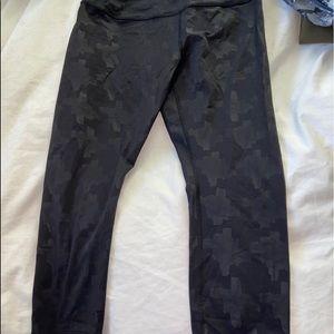 Ivivva patterned black leggings